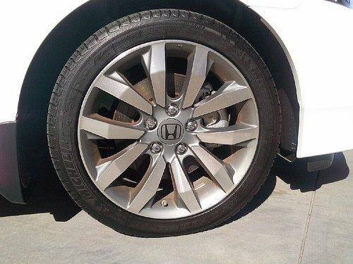 2012 Honda Civic si Rims 2012 Honda Civic si Rim Size