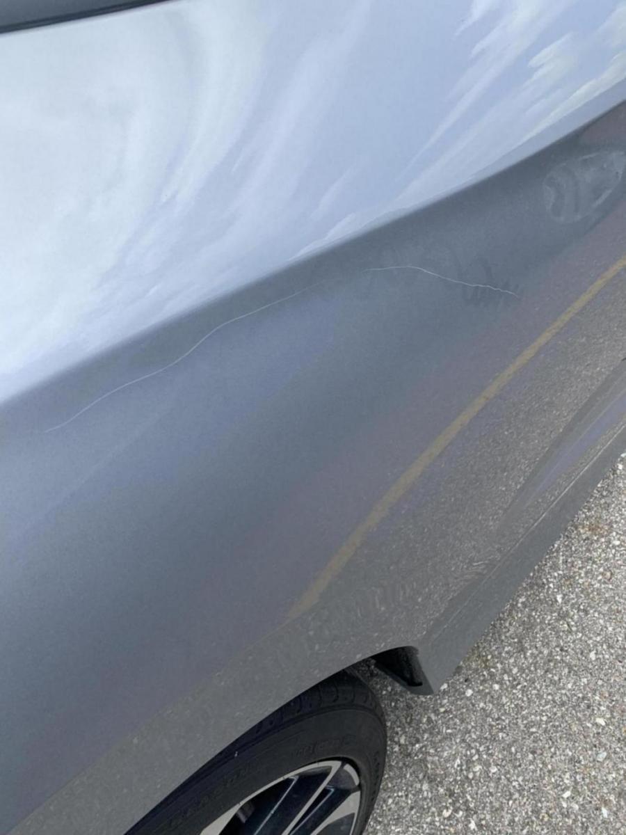 Car scratch repaint 2017 si coupe-a7459a03-54ed-49ad-9bee-a81aeddd0d68_1557773201065.jpg