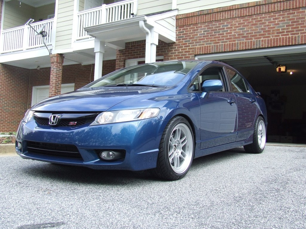 Post up your Civic w/ Rims!! (**PICS & INFO ONLY**)-dscf4703.jpg