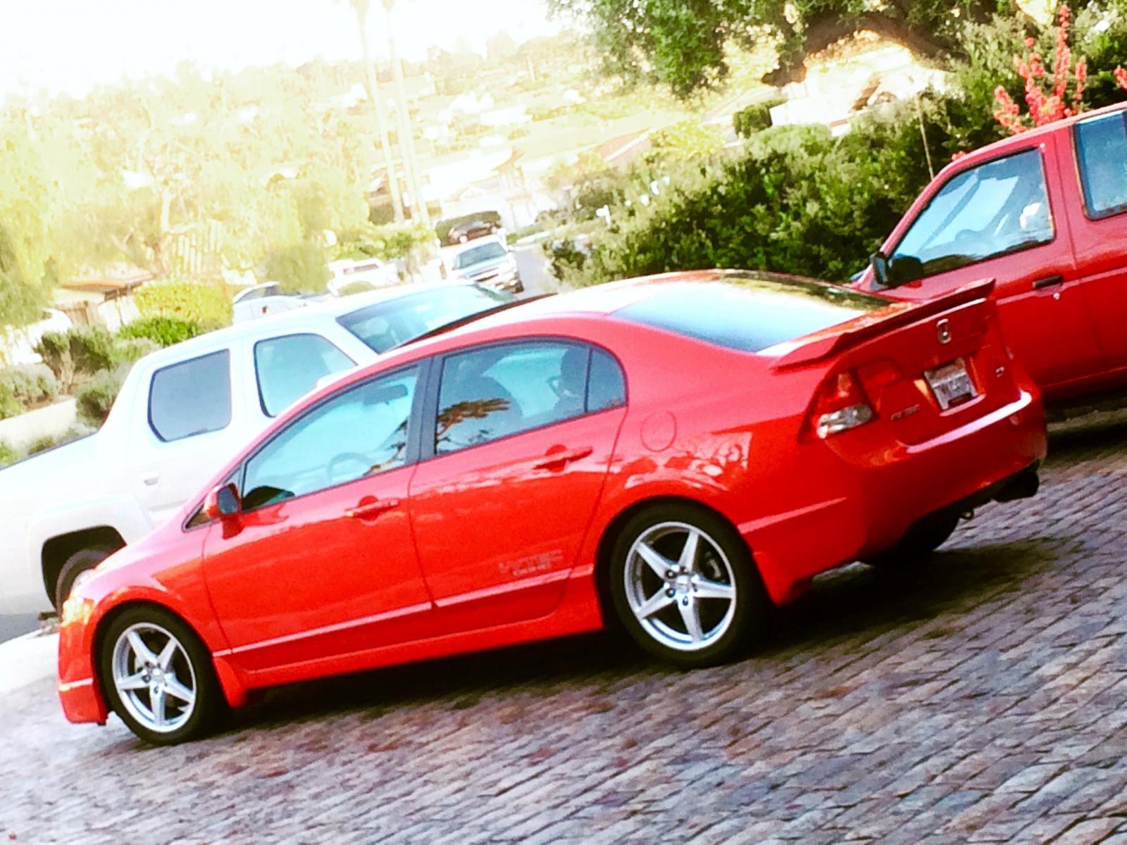 Rallye Red-flaps.jpg