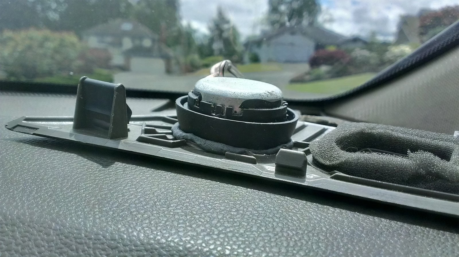 DIY Aftermarket Tweeter Replacement in Dash-imag0865.jpg