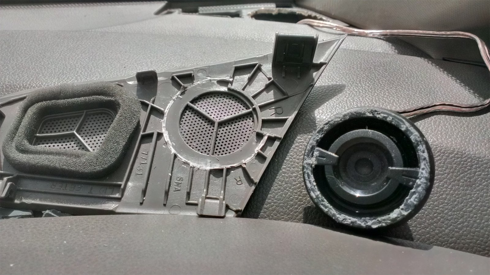 DIY Aftermarket Tweeter Replacement in Dash-imag0867.jpg