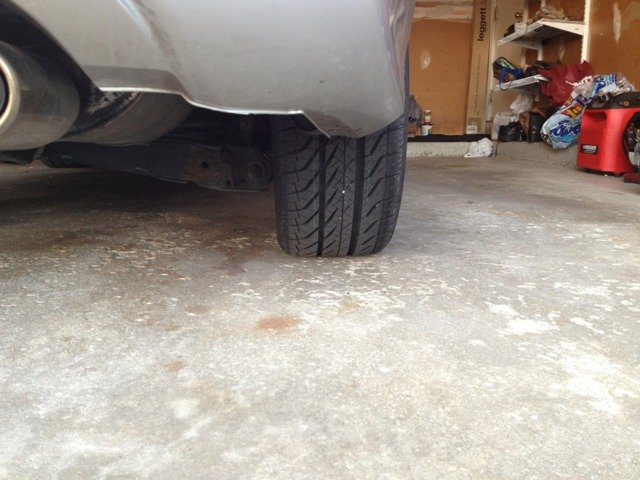 Is my tire slanted inward?-imageuploadedbyag-free1353536571.507885.jpg