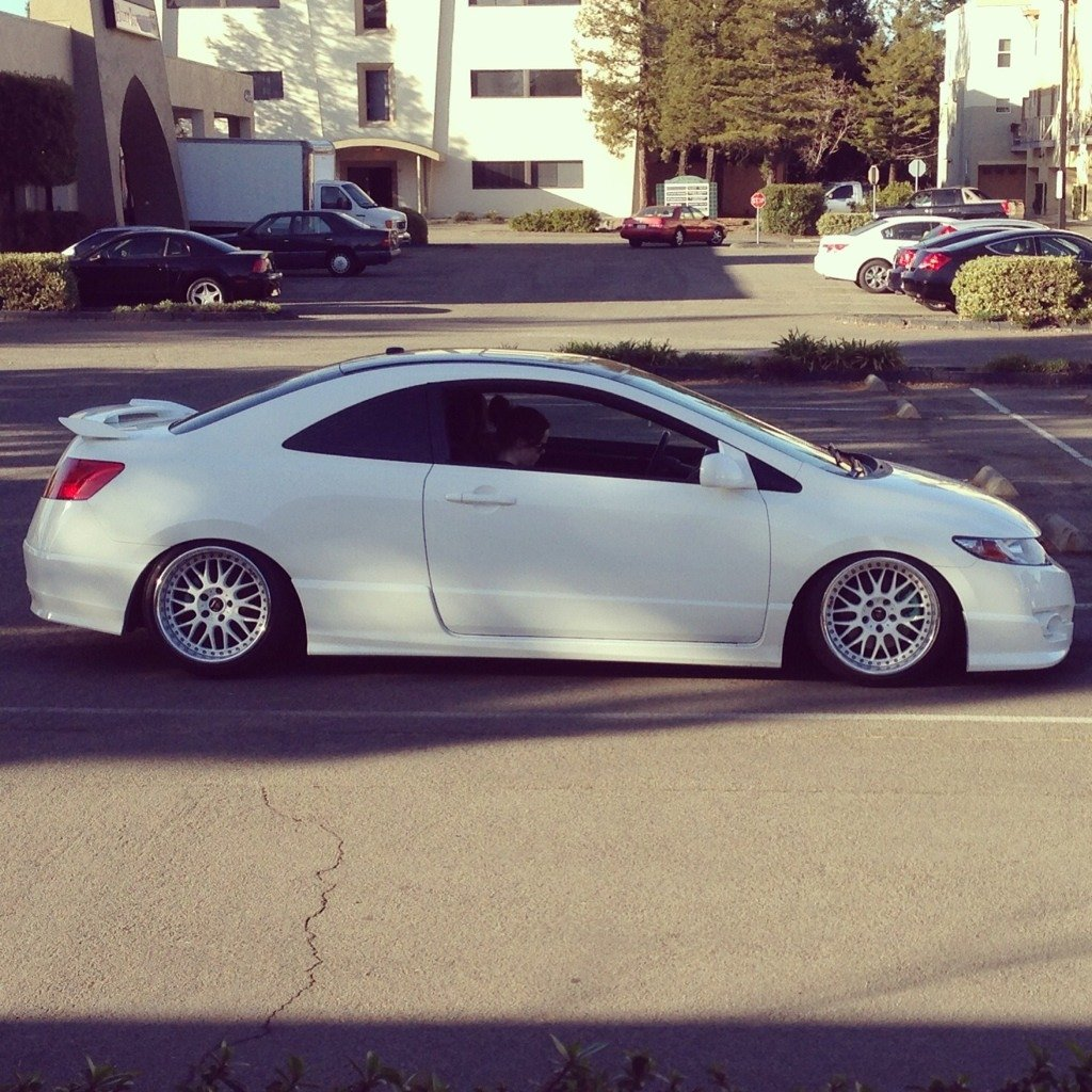 Stanced wide wheel 8th gen civic only pictures and chat imageuploadedbyautoguide1362470768