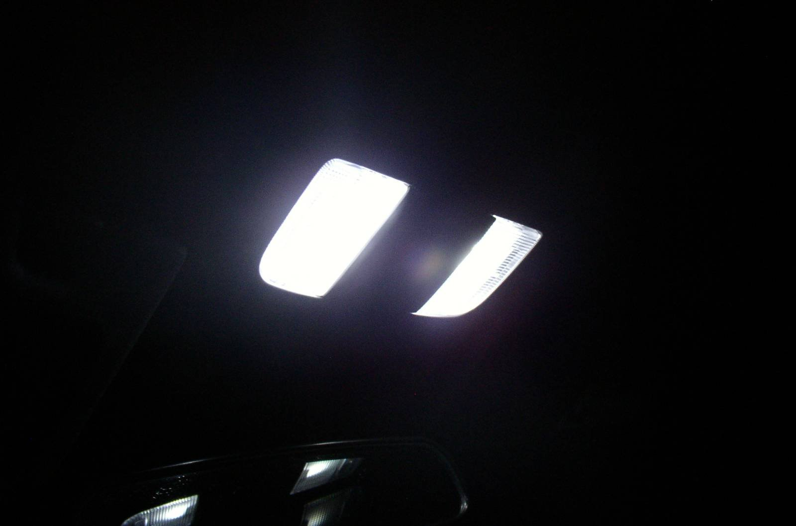 Does Anyone Know Of A Good 9005 Hid Look-alike Bulb