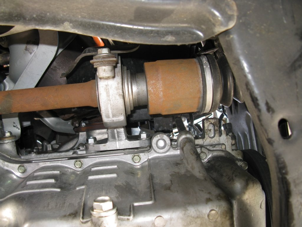 Where Is The Coolant Drain Bolt 8th Generation Honda Civic Forum Who Makes Civichybriddrainbolt2 Rear Of Engine Overview