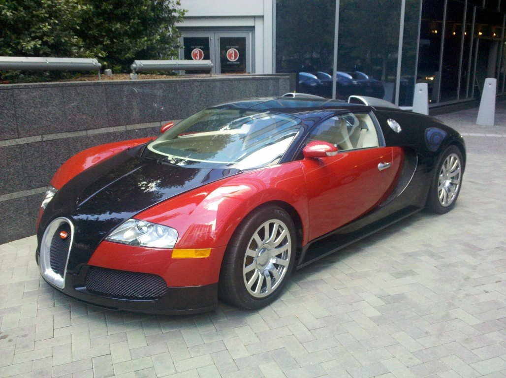 Click image for larger version  Name:Veyron_16x12.jpg Views:600 Size:222.1 KB ID:39776